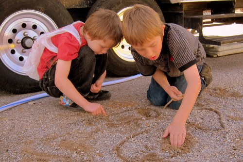 Jack and Tuck playing in the dirt