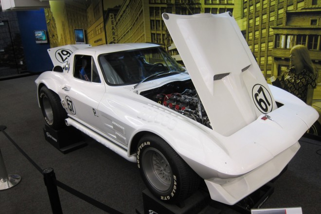 2016-05-05, National Corvette Museum, Photo #2